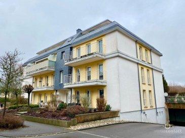 +++ SOUS COMPROMIS+++<br>Joli appartement de +/-89m² situé à Alzingen, commune d\'Hesperange.<br><br>Situé au 2ème étage, Il se compose comme suit:<br><br>- vaste séjour très lumineux avec accès au 1er balcon orienté sud/ouest<br>- cuisine équipée fermée <br>- 2 chambres à coucher avec le 2ème balcon exposée nord/est<br>- 1 bureau de +/-8m2<br>- 1 salle de bain<br>- 1 salle de douche<br><br>Une cave et un emplacement intérieur complète ce bien.<br><br>Disponibilité immédiate.<br><br>Très belle situation à quelques minutes du centre-ville et de la Cloche D\'or.<br><br>Transports publics à proximité.<br><br>Nous vous estimons votre bien gratuitement, en 48 heures, n\'hésitez pas à nous contacter.<br><br>Pour toutes informations, contactez-nous au 26.311.992 ou bien par mail info@immocontact.lu