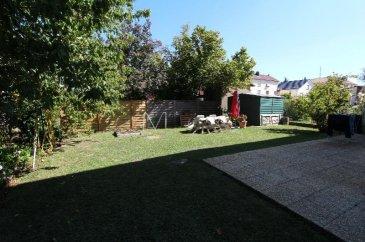 Maison F5 en impasse Homécourt Grande Fin<br />sur une parcelle d\'environ 5ares.<br />Maison très bien entretenue, composée d\'une entrée hall , salon -séjour avec poêle à granulés , cuisine équipée, wc.<br />A l\'étage 3 belles chambres, salle de bains et wc.<br />Sous-sol carrelé avec buanderie et garage.<br />Jardin clos arboré avec potager et arbres fruitiers.<br /><br />- Toiture récente<br />-Chauffage gaz condensation <br />-Façade neuve, isolation grenier<br />-Elec ok| Dv Pvc<br /><br />Contact| Marc Kamratzki<br />0698009033