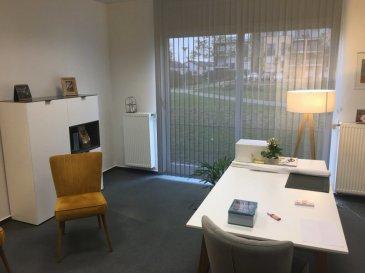 Kleines gut belichtetes Büro in Sandweiler mit einer größe von 16m².  Top Anbindung zur Stadt Luxembourg, Flughafen, Kirchberg,etc  Termin nach Vereinbarung