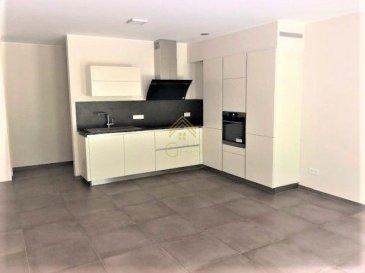 -- FR --  LUXEMBOURG-NEUDORF - L'agence REAL G IMMO vous propose en location un bel appartement au 1er étage dans une résidence de 2017 avec ascenseur. Idéalement situé dans le quartier de Neudorf, à proximité de Clausen, Kirchberg et du Centre-Ville.  L'appartement vous offre une surface de  -73m2, se composant comme suit: hall d'entrée, belle cuisine équipée ouverte sur l'espace living, salle de douche (double vasque, douche italienne et WC), débarras et 2 chambres à coucher.  Possibilité de louer un grand garage box séparément!  Pour plus de renseignements ou une visite (visites également possibles le samedi sur rdv), veuillez contacter le 621589136.   Ref agence :72878