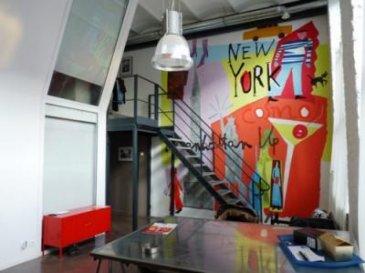 Appartement Loft - A proximité du parc Barbieux, du tramway, du métro, (HEDEC) dans une résidence sécurisée, Le Mixt- loft de 93 m² environ ( 90.40 m² Loi Carrez) pièce de vie, meublée, de 40 m² avec cuisine équipée, type industrielle. Deux chambres meublées avec salle de bains et  WC privatifs de 28 m² chacune. Libre  d\'occupation à compter du 22.12.2017.<br>Copropriété de 64 lots <br><br> Charges annuelles : 1180 euros.