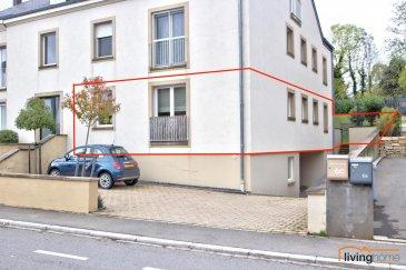 ***SOUS COMPROMIS***Magnifique appartement de haut de gamme, d\'une surface habitable de 96,35 m², situé au rez-de-chaussée d\'une résidence récente. Le bien dispose également d\'une  terrasse ensoleillée (19 m²), d\'un généreux jardin privatif clôturé (170 m²), d\'un emplacement intérieur et extérieur, ainsi que d\'une cave.   DESCRIPTION: Rez-de-chaussée: : (surface habitable 96,35 m²) - hall d\'entrée (14,90 m²) avec armoire encastrée sur mesure et remise - WC séparé (1,59 m²) - cuisine équipée (7,25 m²) - séjour (29,41 m²) avec accès terrasse (18,91 m²) et jardin privatif (170,36 m²) - suite parentale (14,23 m²) avec salle de bains privative (4,25 m²) - buanderie et débarras - 1 chambre à coucher (9,32 m²) - 1 chambre à coucher (8,51 m²) - 1 salle de douches (2,66 m²) - emplacement voiture extérieur  - terrasse et jardin avec accès extérieur privé (points d\'eau assurés et raccord électrique pour abris de jardin disponible)  Sous-sol:  - emplacement intérieur - cave   SITUATION GEOGRAPHIQUE: Cette propriété est située dans le village pittoresque de Hassel. Les habitants de la résidence profitent et du calme de la campagne et de la proximité de toutes les commodités de la capitale à savoir : Lycées, écoles primaires, crèches, centres commerciaux, administrations, commerces et restaurants locaux. Différentes lignes de bus (arrêt de bus à 2 pas) relient la localité en quelques minutes à la ville de Luxembourg (ligne directe vers Lux/Kirchberg). L\'accès aux autoroutes A3/A13 est garanti à courte distance.  CONTACT: - Bureau                00352  27 80 83 59 - Pascal POOS      00352  621 36 20 26   Ref agence :3497601