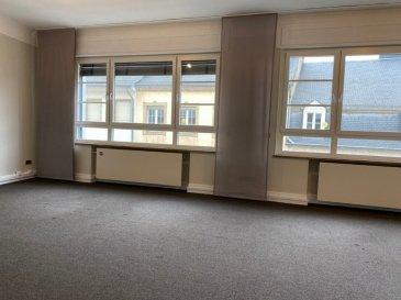 PLM IMMOBILIERE vous propose à la location 100m² de bureau dans la grand rue à Luxembourg-Ville. Situé au 3ème et dernier étage avec ascenseur. Immeuble récent idéalement positionné avec de très belles prestations. Lumineux, les bureaux se compose comme suit :  - 1 Hall d'entrée avec vestiaire - 1 Espace ouvert de 40m² - 1 Bureau salle de réunion, salle informatique, salle stockage de 17m² - 1 Cuisine équipée  - 1 Salle de bain - 1 Toilette séparée Disponibilité de Suite Parking à 1 minute à pied à la place du Théatre. Pour davantage de renseignements et visites, veuillez contacter Pierre-Laurent au 691.210.784. ou par email : info@plm-immo.lu   PLM IMMOBILIERE propose for rent 100m² office in the main street in Luxembourg City. Located on the 3nd and top floor with elevator. Recent building ideally positioned with very nice benefits. Luminous, offices is composed as follows: - 1 Space entrance - 1 Open Space 40Sq² - 1 Office meeting room, computer room, storage room of 17Sq² - 1 Fully equipped kitchen - 1 Bathroom - 1 Separated toilet  Available Now Parking 1 minute walk to the Theater Square. For more information and visits, please contact Pierre-Laurent by phone 691.210.784. or by email: info@plm-immo.lu