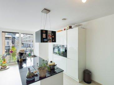 RE/MAX spécialiste de l'immobilier à Differdange, vous propose à la vente cette grande maison de 230 m² moderne proche du centre-ville. Elle se compose comme suit:  Au rez de chaussé: un grand garage 2 voitures donnant sur le jardin, une chaufferie buanderie Au premier étage: une cuisine ouverte sur un très grand salon salle à manger de plus de 52 m² avec balcon, un WC séparé. Au deuxième étage: 3 grandes chambres de 14 m², 15 m² et 17 m² et une salle de bain Le dernier étage se compose d'un salon avec cuisine équipée, une salle de bain et une grande chambre.