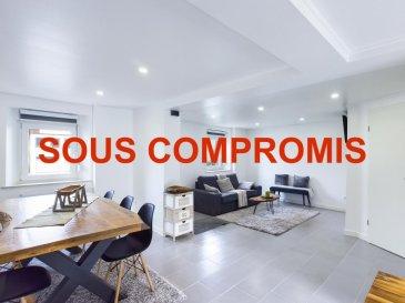 Vidéo virtuelle: https://premium.giraffe360.com/remax-partners-luxembourg/85a037087b4b48819adc40e731282bfc/  RE/MAX Partners, spécialiste de l\'immobilier à Heisdorf vous propose à la vente cette superbe maison de 1950 libre de 3 cotés, entièrement rénovée avec des matériaux de qualité entre 2019 et 2021, sur un terrain de 2,67 ares.  Elle dispose d\'une superficie d\'environ 130m² habitables et se compose comme suit :   Au rez-de-chaussée :  un séjour/salle à manger et une cuisine équipée ouverte menant sur la terrasse, une salle de douche (douche, WC).  Au premier étage :  une chambre de 13m² ainsi qu\'une 2ème chambre de 10,5m², un accès menant directement sur la terrasse par un escalier, une buanderie, une salle de douche de 7m² (douche italienne, double vasque, WC).  Au deuxième étage : Une chambre avec armoire encastrée disposant d\'une salle de douche privative ainsi qu\'une autre chambre avec armoire encastrée disposant aussi d\'une salle de douche privative.  À l\'extérieur : un emplacement extérieur (possibilité de garer deux petites voitures), une terrasse et un jardin exposés coté Est, un espace technique (chauffage mazout) et un cabanon de jardin.  Caractéristiques supplémentaires : chauffage au mazout, toiture vérifiée par un expert il y a 4 ans, nouvelle façade réalisée l\'année passée, double vitrage, etcà  Le passeport énergétique est en cours de réalisation.  Le bien est vendu meublé ou non meublé selon les désirs de l\'acheteur.  Localisation : proche de toutes commodités, magasins, bus, train à 100m et accès routier direct vers le centre.  La maison est disponible immédiatement.  La commission d\'agence est incluse dans le prix de vente et supportée par les vendeurs.  Personne de contact: Julien Plasman : 621 592 223 Ref agence : 5096429