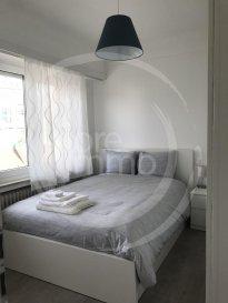 Nous avons le plaisir de vous proposer à la location un bel appartement, entièrement meublé et équipé, situé à Strassen.<br><br>Le plus grand atout de ce logement est que toutes les charges (wifi, TV, service de nettoyage...) sont comprises.<br><br>L\'appartement se compose comme suit:<br>- Living ouvert sur la cuisine;<br>- 1 chambre;<br>- 1 salle de douche avec toilette;<br>- 1 buanderie commune (avec machine à laver et sèche-linge);<br><br>Frais d\'agence à la charge du locataire: 1 mois de loyer + 17% TVA. <br><br>Pour plus de renseignement veuillez contacter l\'agence.<br><br /><br />We are pleased to offer you for rent a beautiful apartment, entirely furnished and equipped, located in Strassen.<br><br>The major asset of this apartment is that all charges are included (wifi, tv, cleaning service...).<br><br>It consists as follows:<br>- Living open on the kitchen<br>- 1 bedroom;<br>- 1 bathroom with toilet;<br>- 1 common laundry room with washing machines and dryers.<br><br>Agency fees at the expense of the tenant: 1 month rent + 17% VAT. <br><br>For further information, please contact the agency.