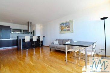 """""""active relocation luxembourg'' vous propose un spacieux appartement meublé avec une superbe vue sur notre jolie capitale et ceci du 12ème étage du building ''Formum Royal''. Vue unique et époustouflante de toutes les pièces de l'appartement.  Cet appartement au dernier (12ème) étage à l'arrière de ce bâtiment comprend: un hall d'entrée, un WC séparé avec coins de buanderie (avec une machine lave-linge séchant), une cuisine (+débarras) équipée ouverte sur le living toujours avec la ville à l'oeil, une salle de douche avec WC et 2 chambres à coucher.  Loyer: 2.500 € Avances sur charges: 250€ Disponibilité: immédiatement  Plein centre-ville à deux pas de la zone piétonne et ces commerces. - plusieurs restaurants et bars au rez-de-chaussée de cet immeuble - théâtre, piscine, commerces, supermarché, boulangerie ...., parking public, arrêts de bus/tram et parcs à proximité  Si vous pensez vendre ou louer votre bien, ''active relocation luxembourg'' est à votre service pour vous conseiller au mieux et vous faire profiter de toutes ses compétences en vue de commercialiser votre bien de manière professionnelle et rapide.  +352 270 485 005 info@arlux.lu www.arluximmo.lu"""