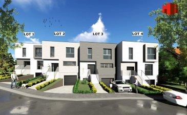Jolie maison 3 façades (lot 1) de style contemporain et d'une surface habitable de +/-148 m2 (surface totale: +/- 228 m2), Ecopass BB sur un terrain de +/- 4.39 ares prochainement en construction comprenant au:  Sous-sol: garage pour 2 voitures (de +/- 42 m2), hall, buanderie (de +/-10 m2), cave/salle technique (+/-12 m2);  Rdch: hall d'entrée avec vestiaire (de +/- 9 m2), wc séparé, cuisine non équipée avec débarras attenant et ouverte sur living (de +/- 44 m2) ) donnant sur une terrasse (de +/- 12 m2), bureau (de +/-10 m2);  1e étage: hall de nuit, 3 chambres à coucher (de +/- 14 à 21 m2) dont une avec accès à un balcon (de +/- 5 m2), salle de bains (de +/- 10 m2).   Sur demande, il est possible d'adapter le projet selon vos envies.   Cette belle maison profite à la fois du calme de la rue Hurkes ainsi que de toutes les commodités quotidiennes de la ville de Mersch (à 2 minutes de distance).   L'accès direct à l'autoroute du Nord constitue un atout supplémentaire.   Le prix affiché s'entend HTVA sur la part constructions à réaliser.  GARANTIE DECENNALE. Ref agence :HI-1702