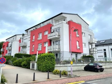 Beau PENTHOUSE à 2 chambres à coucher de 86.41 m2 surface habitable situé au dernier étage d'un immeuble résidentiel datant de 2007 avec une grande terrasse de 32.56 m2 tout autour de l'appartement.  La résidence est située au coeur de l'ensemble résidentiel