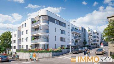 M572936 B303 Bel Appartement de type F3, 2 ch, balcon 6m², cave et pkg sous sol à NANCY<br><br>Très bel appartement de type 3 pièces , au coeur d\'un quartier calme et recherché, à la croisée des Villes de NANCY, MAXEVILLE et MALZEVILLE , La résidence Les terrasses d\'Emile offre tous les avantages de la ville sans ses inconvénients.<br>A proximité des services et commerces (bus, poste, école, collège, boulangerie, pharmacie) des axes autoroutiers, le bien se situe également à 1,8 kms du centre ville de Nancy, de la gare SNCF et de la place Stanislas.<br><br>L\'appartement B303 offre des prestations de qualité entièrement dédiées au confort et au bien-être des habitants notamment grâce à son objectif de 10% plus performant que la RT2012, et une certification NF Habitat HQE.<br><br>Immosky Grand Est vous propose dans ce programme exceptionnel à tous niveaux, cet appartement d\'exception, au troisième étage, comprenant une belle pièce a vivre prolongée d\'un balcon de 6m², 2 chambres, une salle de bain, et wc indépendant. De plus, sont compris avec ce bien une cave et un parking en sous sol.<br><br>La remise de clé de votre bien est programmée au 4ème trimestre 2022.<br><br>N\'hésitez pas à nous contacter si vous recherchez un bien rare, idéalement situé, à habiter ou pour investissement dans le cadre de la loi PINEL. Accompagnement possible avec notre partenaire courtier spécialisé en taux à prêt zéro, investissement, et accompagnement.<br><br>Pour tout renseignement, contactez Olivier FREMONT au 07.67.29.36.16<br><br>Frais de notaires réduits.<br> Pour plus d\'informations Olivier FREMONT, Agent commercial spécialiste du secteur, est à votre entière disposition au 07 67 29 36 16.<br>Honoraires à la charge du vendeur.