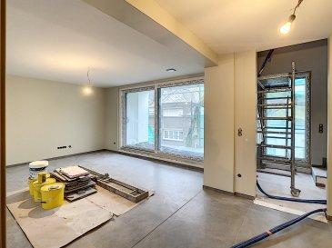 PLM Immobilière & Gestion du Patrimoine vous propose à la vente un Appartement Neuf de 3 chambres à coucher dans une maison bi-familiale.  Idéalement placé dans une rue Résidentielle à 2 pas de la gare de Pétange,  Appartement spacieux en style triplex avec de très beaux volumes bénéficiant d'une excellente luminosité.   Au rez-de-chaussée : Entrée indépendante à l'appartement   Au 1er étage : Grand espace de vie avec Cuisine ouverte sur le living donnant accès à la terrasse.  Suite parentale avec Salle de douche italienne et toilette.  Au 2ème étage : Hall de nuit, 2 chambres à coucher et une salle de bain douche et w.c.   Au sous-sol, cave privative ainsi qu'un local technique avec chaudière et compteurs indépendants.  Pas de charge de copropriété.  Si vous hésitez entre une maison ou un appartement sans frais de copropriété, ce Triplex haut de gamme répondra à tout vos critères d'exigence!  La construction est déjà terminée et n'attend plus que vous! Le futur acquéreur aura le choix de la cuisine ainsi que des luminaires.  Pour davantage de renseignements et visites, veuillez contacter Pierre-Laurent Morimont au +352/691210784