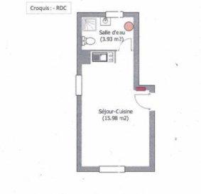 Réf: 5994  A100m de la plage studio agréable de 20 m², rez de chaussée, rénové avec goût vendu avec son parking, loué 381€ charges comprises :  Salle de vie avec coin cuisine, salle d'eau et wc. Classé F et D     Réf: 5994