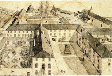 L'ancien château d'Ubexy à été transformé en abbaye en 1841. La propriété est composé de différents bâtiments: communauté, chambres des moniales, chapelle, cloître, maison d'habitation, bâtiment d'activité, hôtellerie, ateliers, garages... l'abbaye comprend également un grand domaine clos de murs à usage de jardins, verges, de 6ha environ.