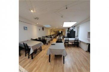 Avis aux investisseurs RE/MAX, spécialiste de l'immobilier au Luxembourg vous présente à la vente ce charmant restaurant avec habitations.  Le bien est composé comme suit :   Au rez-de-chaussée : - un café/restaurant - une grande cave - un studio  - un débarras - WC - un garage  - une terrasse  Au premier étage : - 4 chambres  - une salle de bain avec wc séparés  - un appartement avec hall d'entrée, un salon, une chambre, un bureau, une sdb  Au deuxième étage : - 2 chambres - une salle de bain - un living lumineux  Au 3ème étage : - une mezzanine spacieuse  Au sous sol : - une place de garage   Le bien dispose également d'un parking souterrain à 3 minutes de la propriété.  La commission d'agence est incluse dans le prix de vente et elle est supportée par la partie venderesse.
