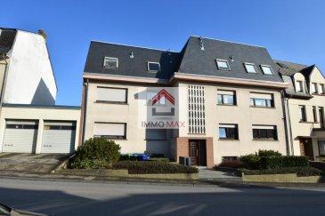 En Exclusivité,  L'agence immobilière IMMO MAX à Luxembourg, vous propose de venir découvrir cet appartement idéalement situé à Soleuvre.  Sur une surface habitable de 90 m², ce bel appartement se compose d'un hall d'entrée avec WC séparé, une cuisine équipée rénové fermé, d'une salle de bain, d'un grand salon et salle à manger. il comprend également deux grandes chambres dont l'une donnant accès à un balcon   A cela s'ajoutent une énorme cave, et d'un garage fermé.  Informations complémentaires sur demande et visites sur rendez-vous  N'hésitez pas à consulter notre site pour retrouver des biens similaires WWW.IMMOMAX.LU   Ref agence :153