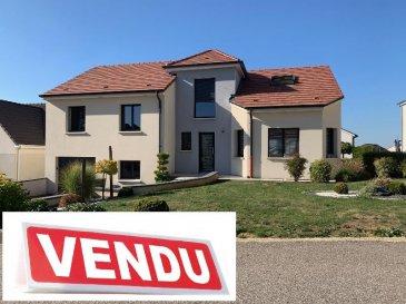 Magnifique maison F7 située au calme sur 7ares 30ca.<br />SOUS COMPROMIS<br /><br />Marc Kamratzki<br />0698009033<br />Les Chênes Immobilier