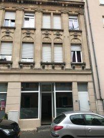 Local commercial de 88,54 m2 +49m2 de cave à louer. 16, rue du X Septembre, Esch-sur-Alzette.