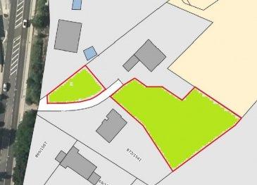 *** À VOIR ABSOLUMENT ***  RE/MAX, spécialiste de l'immobilier à GRAULINSTER (commune de Junglinster), vous propose à la vente ce magnifique terrain situé dans un cul-de-sac et dans un environnement calme. Ce site offre une vue exceptionnelle ainsi que beaucoup d'ensoleillement sur un domaine de +- 22 ares et comprenant:   Très beau terrain à vendre d'une surface totale de +- 17,98 ares et 3,92 ares pour parking privatif. Le terrain est en partie boisé de pins.   A Graulinster (commune de Junglinster) à 10 minutes de l'accès autoroute et à 15 minutes de Luxembourg-ville.  Ref agence :Graulinster