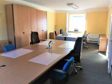 RE/MAX Select, vous propose plusieurs bureaux Open-spaces entièrement meublé pouvant accueillir plusieurs postes de travail dans chaque local, prêt à l'emploi dès le premier jour avec une gamme de services.  Ce centre d'affaires situé à Beggen-Bereldange offre à votre société une adresse stratégique au cœur de Luxembourg, à proximité d'une zone d'activité. Situé dans un bâtiment sur la route principale, ceci est facile d'accès depuis pratiquement n'importe où de Luxembourg (à 5 min du centre-ville, 10 min du Kirchberg ou l'aéroport, 5 min de Strassen ou Limpertsberg). Possibilité de stationnement très pratique suite à l'existence de plusieurs parkings autour du bâtiment. De plus, ces bureaux sont complétés par la mise à disposition d'une kitchenette, d'une salle de réunion avec écran de projection, de toilettes, d'un accès internet (inclus dans les charges) et boîte à lettre individuelle ainsi que jardin et espace vert.  Bureaux Open-spaces 300 €/mois (charge compris)  Disponibilité immédiate !  Bardia Allami : +352 621 150 966