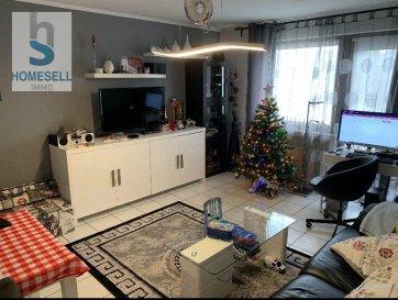 HOMESELL IMMO vous propose en exclusivité un appartement dans une zone calme de Mamer se composant comme suit:   -  2 chambres à coucher -  Salon de 20,80m² -  Cuisine équipée (cuisine et salon donnant accès sur un balcon de  /- 4m²) -  Salle de douche   Ce bien dispose aussi d'une grande cave de 6,60m², d'une buanderie commune, un grenier commun ainsi que d'un garage.  Actuellement l'appartement est habité par des locataires. Objet intéressant pour investisseurs !   Disponibilité: à convenir  Contactez-nous pour plus de renseignements  HOMESELL Immo, votre guide de l'immobilier Tel: 28 11 22 - 1