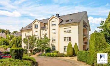 Située à Esch-sur-Alzette, la résidence construite en 1997 se trouve dans une rue calme, à 5 minutes du centre-ville. L'appartement de ± 59 m², est situé au 1er étage d'une résidence de comportant 15 appartements et se compose comme suit :   Depuis le hall d'entrée de ± 5 m² avec vestiaire, on accède aux différentes pièces de l'appartement, à savoir le séjour de ± 24 m², la cuisine de ± 9 m², la chambre de ± 15 m² et à la salle de bain de ± 7 m² avec WC.   Un balcon de ± 5 m² est accessible depuis la cuisine et le séjour.  Le chauffage est assuré par une chaudière commune au gaz. La régulation se fait par robinets thermostatiques. Les fenêtres sont en double vitrage PVC.  Au rez-de-chaussée se trouve la buanderie commune et la cave privative de ± 4 m².  Au sous-sol se situent la chaufferie, le local à poubelles, le local à vélo, ainsi que le garage commun, dont un emplacement est rattaché à l'appartement.   Généralités : -Carrelage au sol dans tout l'appartement. -Passeport énergétique : F/F -Situation idéale : quartier résidentiel proche du centre-ville (5 min). Arrêt de bus à 50 m de l'immeuble. -Appartement en bon état. -Appartement disponible à l'acte.   Agent responsable : Gaëtan Lupinacci Email : gaetan@vanmaurits.lu GSM : (+352) 671-157-120