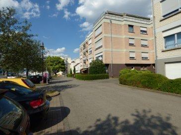 Monia SOUILMI ( 691 21 29 46 / monia.souilmi@remax.lu ) et RE/MAX spécialiste dans l'immobilier à Remich, vous présentent en vente, cet appartement avec balcon situé au deuxième étages, dans une résidence de 11 unités.    La surface habitable est de 50m² environ et se compose d'un couloir d'entrée, 1 chambre, un grand living ouvrant sur un balcon, une cuisine séparée et équipée et salle de douche avec WC. Balcon de 8m² environ Garage de 18m² environ Buanderie en espace commun Cave en espace privative L'appartement est équipé par des fenêtres doubles vitrage, parquets au sol, ... L'appartement est idéalement localisé à proximité de la ville de Remich et de ses commodités, bus, écoles, commerces, stations d'essences,.... L'appartement est un bien idéal pour un investissement locatif .... A SAISIR ET A VOIR ABSOLUMENT!!! Ref agence :5095931