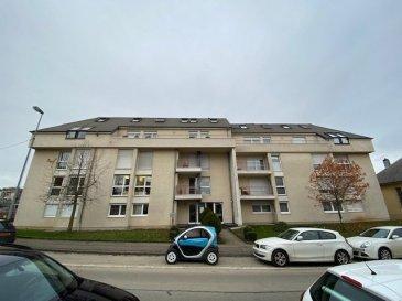 Appartement sur Differdange,  - Hall d'entrée - Cuisine équipée 12,44 m2 avec terrasse 5 m2 - Salon / Living 31 m2 avec balcon 5 m2 - 2 chambres à coucher 27 m2 et 16 m2 - Salle de bains - WC  - Débarras 1,88 m2  - 2 Caves 7 m2 et 6 m2 - Garage pour 1 voiture   Nous vous invitons à nous rendre visite ou contacter l'un de nos commerciaux pour plus d'informations.  M. Moura Jemp +352621216646  M. Marc Risch +352621210333   Les surfaces et superficies sont indicatives  Rejoignez-nous sur Facebook : Newjomar Belval