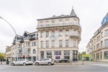 Veuillez contacter Felice Capraro pour de plus amples informations : - T : +352 621 251 398 - E : felice.capraro@remax.lu  En Exclusivité, RE/MAX, Spécialiste de l'immobilier à Mondorf-Les-Bains, vous propose un appartement de 65 m² dans une résidence charmante classée et rénovée en 2005, avec son hall d'entrée en marbre et plusieurs cabinets médicaux. Vous serez le(s) seul résident(s) de cette charmante résidence classée.  L'appartement se situe au 3? étage et se compose d'un hall d'entrée, d'un séjour lumineux avec deux baies vitrées et d'un accès au balcon, d'une cuisine donnant sur le séjour, d'un hall de nuit, d'une salle de douche, d'une chambre, d'une cave privative de 9 m², d'un rétroprojecteur, d'un parlophone et d'un ascenseur. Ce magnifique appartement se trouve dans l'avenue principale de Mondorf-Les-Bains, proche de toutes les commodités.  Frais d'agence RE/MAX : 3 % du prix de vente à la charge de la partie venderesse + TVA
