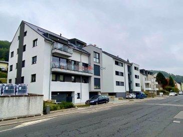 Bel appartement à louer dans une résidence au 3e étage avec ascenseur, sis à Lintgen, Commune de Lintgen.<br><br>A proximité de la Gare, de la piste cyclable et de l\'autoroute.<br><br> Description :<br><br>- 75,97m2<br>- Hall d\'entrée<br>- Salon<br>- Cuisine équipée<br>- Salle de bain <br>- WC séparé<br>- 2 chambres à coucher <br>- Balcon<br>- Garage fermé pour 2 voitures<br>- Buanderie commune <br>- Cave<br><br>L\'appartement est disponible à partir du 01.01.2022<br><br>Loyer : 1500¤<br>Charges : 250¤ (les frais d\'internet/Tv ne sont pas compris dans les avances mensuelles)<br>Caution : 3000¤<br>Frais d\'agence : 1755¤ TTC 17%<br><br>Pour toute information supplémentaire, n\'hésitez pas à nous contacter au +352 26532611 ou par e-mail au info@immolosch.lu!<br /><br />Schöne Wohnung zur Miete in einer Residenz im 3. Stock mit Aufzug, gelegen in Lintgen, Gemeinde Lintgen.<br><br>In der Nähe des Bahnhofs, des Radwegs und der Autobahn.<br><br> Beschreibung:<br><br>- 75,97m2<br>- Eingangshalle<br>- Wohnbereich<br>- Einbauküche<br>- Badezimmer <br>- Getrennte Toilette<br>- 2 Schlafzimmer <br>- Balkon<br>- Geschlossene Garage für 2 Autos<br>- Gemeinsame Waschküche <br>- Weinkeller<br><br>Die Wohnung ist verfügbar ab 01.11.2021<br><br>Miete : 1500¤ (nicht in der monatlichen Vorauszahlung enthalten)<br>Kosten: 250¤ (Internet/TV-Kosten sind nicht in der monatlichen Vorauszahlung enthalten)<br>Kaution : 3000¤ (nicht in der monatlichen Vorauszahlung enthalten)<br>Agenturgebühren: 1755¤ inkl. 17% MwSt.<br><br>Für weitere Informationen kontaktieren Sie uns bitte unter +352 26532611 oder per E-Mail unter info@immolosch.lu!<br><br /><br />Beautiful flat for rent in a residence on the 3rd floor with lift, located in Lintgen, Commune of Lintgen.<br><br>Close to the train station, the cycle track and the motorway.<br><br> Description:<br><br>- 75,97m2<br>- Entrance hall<br>- Living room<br>- Fitted kitchen<br>- Bathroom <br>- Separate toilet<br>- 2 bedrooms <br>- Balcony<br>- Close