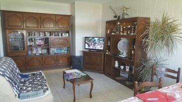 METZ DEVANT LES PONTS : pour investisseurs F2 loué dans résidence avec cave, parking et garage privés, comprenant une cuisine meublée, un salon, une chambre, salle de douche. Loué 4116 €/an.