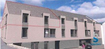 -- FR --<br/><br/>HOMESELL vous propose ce grand duplex situé au 2ème étage d\'une surface de 115,54m².<br><br>Ce bien se compose comme suit :<br><br>- 2 grandes chambres<br>- une cuisine ouverte sur le séjour<br>- une salle de bain<br>- WC séparé<br>- un débarras<br>- une terrasse<br>- cave, buanderie commune, 1 emplacement intérieur et 1 extérieur<br>font partie de ce bien.<br><br>Prix: 561.964,71\'   3% TVA incl. *<br>* sous condition d\'acceptation par l\'Administration de l\'Enregistrement.<br>Pour l\'obtention de votre crédit, notre relation avec nos partenaires financiers vous permettront d\'avoir les meilleures conditions dans un espace de délais records !<br><br>Pour plus de renseignements contactez-nous par tél: 28 11 22-1 ou sur info@homesell.lu<br><br>Homesell, votre guide de l\'immobilier !<br><br>www.homesell.lu<br />Ref agence :48