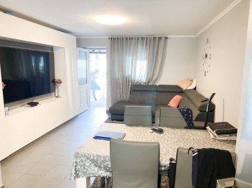 HOUSE FOR YOU, vous propose une belle maison mitoyenne d'environ 110m2, comprenant 3 chambres, terrasse, garage et parking, située à Esch-sur-alzette au prix de 649.000€  Rez-de-chaussée comprenant:  - Hall d'entrée - Cuisine équipée ouverte sur le living (+-32m2) - Terrasse d'hiver - Terrasse extérieur  1er étage comprenant:  - 1 chambre à coucher (+-14,97m2) - Belle salle de douche (+-6,65m2)  2ème étage comprenant:  - 2 chambres à coucher (+-13,20 et 13,29m2)  Sous-sol comprenant:  - Buanderie et salle de douche - Local technique - Garage de +-20m2 avec porte électrique - Parking privé devant le garage  Informations:  - Toiture de 2006 - Chaudière de 2018 - Fenêtres de 2006 - Fibre optique  - Escalier en béton - Garage avec porte électrique   Pour informations et visites, nous restons à votre disposition.