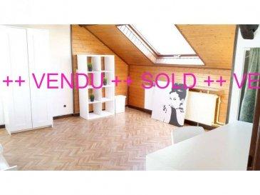 +++ VENDU +++  SOLD +++  VENDU +++ VENDU +++<br><br>Idéalement situé Côte d\'Eich à 2 pas du BOULEVARD ROYAL, du KIRCHBERG et du LIMPERTSBERG, A VENDRE APPARTEMENT 3 CH A RENOVER dans une petite résidence de 3 UNITES SEULEMENT !<br><br>Seul au 2EME et DERNIER ETAGE de la résidence, l\'appartement offre:<br>- 3 CH,<br>- 1 living<br>- 1 cuisine équipée indépendante,<br>- 1 SDB avec WC,<br>- 1 hall d\'entrée,<br>- 1 buanderie privée sur le palier,<br>- 1 cave,<br>- 1 grenier.<br><br>L\'appartement nécessite une véritable rénovation (l\'immeuble étant classé, des subsides pourraient être envisageables). La surface habitable est de 80m² pour une surface au sol de 90m² environ.<br><br>Le potentiel est là :<br>- appartement libre de 3 façades,<br>- orientation Est-Sud-Ouest,<br>- mansardes offrant une ambiance chaleureuse,<br>- couverture du toit refaite à neuf,<br>- nouveaux chiens assis,<br>- dernier étage avec vue verdoyante... <br><br>Ensoleillement garanti !!<br><br>A 5 minutes du :<br>- Centre-ville,<br>- Kirchberg,<br>- Boulevard Royal<br>- Limpertsberg,<br>- Accès autoroutiers A6 et A1,<br>- Gare de Dommeldange.<br><br>A proximité à pied de la Place d\'Argent :<br>- Restaurant, épicerie, supermarchés, Poste,<br>- Stations essences,<br>- Médecins, Pharmacie et Clinique d\'Eich,<br>- Ecoles, Lycées, Université..., Scouts...<br>- Squares verdoyant, parcours pour courir ou se détendre.<br><br>!! AFFAIRE A NE PAS MANQUER !!