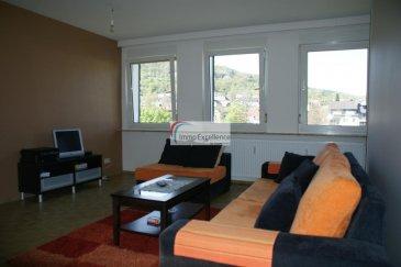 -- FR --<br/><br/>IMMO EXCELLENCE vous propse ce joli appartement d\'une surface habitable de 68 m2. L\'appartement se compose comme suit : Un hall d\'entrée, un spacieux living avec salle-à-manger, une moderne cuisine équipée, une chambre-à-coucher, une salle-de-douche, ainsi qu\'un débarras avec raccordement pour la machine-à-laver.<br /><br />Plusieurs emplacements extérieurs. Situation très calme. A seulement 5 minutes d\'Echternach.<br /><br /><br />Ref agence :3426465