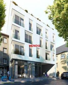 ***** VENDU ***** Nous vous proposons à la vente dans le nouveau projet  immobilier de standing « Place Benelux » :   -un appartement au premier étage comprenant :  Une cuisine ouverte sur le living,  deux chambres à coucher, une salle de bains, une cave.  Ce nouveau projet  à l?architecture contemporaine est constitué de 5 maisons en bande, d?une résidence de 6 appartements et d?un local commercial.  Il est idéalement situé à la Place Benelux, dans le quartier résidentiel d?Esch nord, quartier calme et accueillant, qui possède encore de petits magasins de proximité, d?autres infrastructures (telles que piscine, école, crèches, hôpital ?) ou services (poste, banques etc), se trouvent aussi dans ce quartier. Les transports en commun ainsi que l?autoroute A 4 se trouvent à quelques mètres.  A 5 minutes en voiture du site Belval.  Les prix indiqués comprennent la TVA à hauteur de 3%, il y a la possibilité d?acheter en supplément des emplacements de parking intérieurs.  N?hésitez pas à nous contacter pour de plus amples renseignements, les plans et cahier de charges sont à votre disposition sur  simple demande.  Commission d\'agence comprise dans le prix à la charge du vendeur.       Ref agence :EACVB69-79A1_2