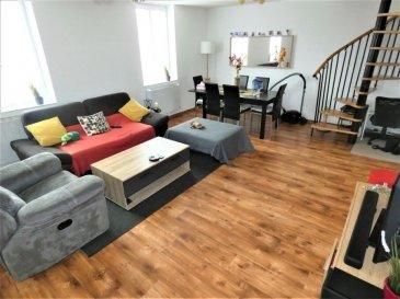 Ensemble immobilier de 2 appartements comprenant :   - En rez de chaussée :  Appartement de type f3 d'environ 60m² offrant : cuisine ouvrable sur salon (30m²), 2 chambres de 11m² et 16m² wc ,salle de bain à créer.  DV avec volets roulants, système électrique aux normes. Le reste est à rénover  - Au 1er étage :  Appartement de type f3 en duplex de 70m² (90m2 au sol) entièrement rénové se composant d'une entrée, cuisine de 10m² semi ouverte sur lumineux salon-séjour de 30m² et d'une salle d'eau avec douche, wc et coin buanderie. En duplex: un dégagement pouvant servir de bureau et 2 chambres de respectivement 12 et 11 m² (25 et 18m² au sol).  Dv pvc avec volets roulants électrique et système électrique aux normes.  Chauffage électrique (radiateur à accumulation)  Un jardinet, une dépendance et 2 caves complètent ce bien. Vendu libre de toute occupation  Mr Cridel  06-48-16-53-67
