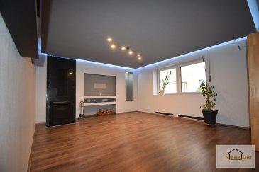 *** SOUS-COMPROMIS ***  SARTORI IMMO, agence immobilière à Bettembourg vous propose cette magnifique maison de 240 m2 surface habitable dont 269 m2 surface totale construite en 1950 sur un terrain de 7,49 ares, situé dans une rue calme à Folschette, commune de Rambrouch.  La maison dispose au rez-de-chaussée d'un charmant séjour de 20,63 m2 avec une cheminée, d'une élégante cuisine équipée de 16,30 m2 donnant accès au paisible jardin avec vue dégagée, d'une belle salle à manger de 13,45 m2, d'un grand débarras et d'un WC séparé avec les connexions pour la machine à laver.  Au premier étage vous trouverez un hall de nuit, 4 harmonieuses chambres à coucher de 15,74 m2, 14,5 m2, 17,35 m2 et 14,02 m2 et d'une splendide salle de bains avec douche et WC.  Au deuxième étage vous aurez une éblouissante chambre à coucher avec dressing et une étonnante salle de bains avec douche et WC.  Vous disposerez aussi de deux garages séparés dont une avec une cave, local électrique et local chaufferie.  Derrière la maison vous disposerez d'un petit appartement, avec une entrée séparée de la maison, disposant d'un séjour avec cuisine équipée ouverte, d'une salle de bains et une chambre à coucher.  Pour plus de renseignements, veuillez contacter Madame Batista au 691 905 150. Ref agence :535