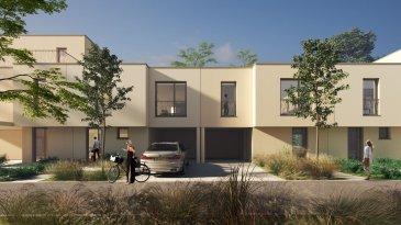 Property Invest vous propose un nouveau projet de construction « Domaine des Roses » de 2x5 maisons en bande situées dans une rue au calme « An de Burfelder » à Bereldang, 7km de Luxembourg-Centre qui s\'inscrit dans le cadre de modernité se traduisant par une offre de commodités de haut standing.<br><br>La maison Lot 07 est composée comme suit : <br><br>Au rez-de-chaussée :<br>- un hall d\'entrée <br>- un wc séparé<br>- une cuisine ouverte sur le séjour/salle à manger <br>  avec accès à la terrasse et au jardin<br>- un local technique<br>- une buanderie<br>- un carport<br><br>A l\'étage :<br>- un hall de nuit<br>- 3 belles chambres à coucher dont une avec <br>  dressing et salle de douche<br>- une salle de douche<br><br>Cette belle maison unifamiliale jumelée en future construction à basse énergie (AB) située sur un terrain de 2.47 ares est dotée d\'une architecture moderne et d\'une surface nette de 163 m2. <br><br>Les maisons ont été conçues pour vous garantir un confort optimal et des espaces de vie de qualité : douche italienne, triple vitrage, chauffage au sol, stores électriques, isolations thermiques, revêtements et finitions de qualité.<br><br>CLASSE ENERGETIQUE A/B<br><br>Le prix indiqué comprend la TVA à 3% (sous réserve d\'acceptation par l\'administration de l\'enregistrement).<br><br>Le projet Domaine des Roses :<br>Un véritable îlot de tranquillité, proposé par Investe Promotions, met à votre disposition un vaste panel de logements aux finitions de qualité et prestations haut de gamme. <br><br>Design et confort :<br>Chaque logement est finalisé avec le plus grand soin. Seuls les matériaux et aménagements les plus nobles sont retenus comme le parquet, la menuiserie, la porte coulissante, la douche à l\'italienne et bien d\'autres.<br>Les maisons aux architectures modernes bénéficient également de grands espaces, telle qu\'une large terrasse vous laissant profiter pleinement du paysage.<br><br>Domaine des Roses :<br>Dessinées par le bureau Wagener et Co