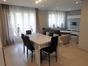 App. Florange 71.76 m2. Situé 21 rue de Bourgogne à Florange, cet appartement ne nécessite aucun travaux.<br/>Il se compose d\'un salon/séjour de plus de 25 m²  avec accès balcon, une cuisine entièrement équipée avec accès loggia, un salle de douche, deux chambres de 13.3 m² et 11.5 m², un WC individuel et des rangements.<br/>Ce bien est complété par une cave, un grenier et un garage fermé.<br/>Charges mensuelles: 70 €<br/>Taxe foncière: 650 €<br/>IMMO DM: 03.82.57.31.87<br/>Copropriété de 138 lots (Pas de procédure en cours).<br/>Charges annuelles : 900.00 euros.