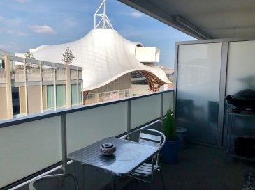 Quartier Pompidou avec la magnifique vue sur le Centre POMPIDOU,  3 pièces avec 2 chambres, cuisine équipée ouverte, salle de bains, wc  un balcon à l'avant et une terrasse sud à l'arrière.  Chauffage collectif  Frais d'agence : 71 m² x 11 € = 781 €  Disponible le 1er Juillet 2019  Rue François Mitterrand