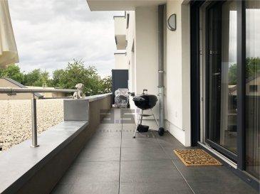 A.S. Real Estate, vous propose un bel appartement de +/- 79m² avec terrasse situé dans une résidence construite en 2016 avec vue sur le Parc Ouerbett et proche de toutes commodités.   Celui-ci se compose d'une cuisine entièrement équipée et ouverte sur un living de +/- 30m² avec accès à une terrasses de +/- 14m² orientée sud-ouest, de deux chambres de +/- 16m² et +/- 11m², d'une salle de douche de +/- 7m² aménagée d'une douche à l'italienne et équipée d'une double vasque avec meuble à tiroir, d'un bidet et d'un w.c.  Un emplacement de parking intérieur et une grande cave de +/- 8.50m² complètent ce bien.  Il est équipé de fenêtres et baie vitrée coulissante à triple vitrage, de stores automatisés, d'un chauffage au sol avec régulateur de température dans chaque pièce et d'une ventilation mécanique contrôlée.  * Garantie décennale encore valable pendant 6 années.  À savoir que ce bien constitue entre autre, de par sa situation, un excellent investissement.  Pour tous renseignements ou pour convenir d'une éventuelle visite, veuillez nous contacter au (+352) 621 274 674 ou au (+352) 2776 4776.