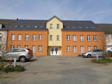 A louer appartement situé au 1er étage d'une résidence à Baschleiden.  - hall d'entrée avec coin vestiaire - débarras - salle de bain et douche avec connexion lave linge - beau séjour / salle à manger avec coin cuisine équipée - 2 chambres à coucher - 2 emplacements extérieurs.
