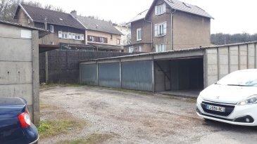 Location de garages à Homécourt. Taille des garages : 15m2. ils se situent en plein cœur d'Homécourt. Ils sont étanches, donc possibilité d'y garer un véhicule ou bien faire du stockage. Le loyer mensuel est de 50€, dépôt de garantie de 50€.  Les charges sont de 0€. Les frais d'honoraires sont de 50€. Le bail est de 1 an pour ce bien.