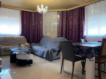!!! EN EXCLUSIVITÉ !!!  REAL G IMMO vous propose ce spacieux appartement de +/- 94m² habitable situé à Fousbann et à proximité de toutes commodités tel comme: commerce, écoles et transports publiques.  Ce bien se compose comme suit : - Hall d\'entrée - Living / Salle à manger - Cuisine équipée - 3 chambres à coucher - Salle de bain - WC séparé  - Cave  Pour plus de renseignements ou une visite (visites également possibles le samedi sur rdv), veuillez contacter le 28.66.39.1.  Les prix s\'entendent frais d\'agence de 3 % TVA 17 % inclus.  Les visites ont repris, et nous sommes heureux de pouvoir à nouveau vous revoir ! Notre équipe sera équipée de gants et de masques afin de vous recevoir ou vous faire visiter nos biens en toute sécurité.   Ref agence :73325