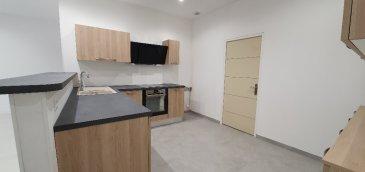 Appartement Stiring Wendel 5 pièce(s) 110 m2. Appartement lumineux de 110 m2 comprenant: une cuisine neuve, ouverte sur un vaste séjour. Une salle de douche neuve, 3 chambres, une buanderie. Copropriété de 6 lots (Pas de procédure en cours). Charges annuelles : 120.00 euros.