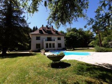 L'agence IMMO LORENA de Pétange en collaboration avec l'agence  LE PASS Immobilier de NANCY vous propose cette belle propriété bourgeoise du début du 20ème siècle