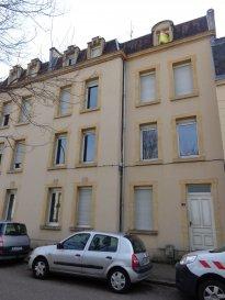 Metz SABLON, rue Victor Vaillant, appartement 2 pièces de 55 m2 au 3ème étage comprenant un séjour, une cuisine, une salle de bain/WC. Chauffage individuel gaz. Disponible à partir du 15/02/2019.