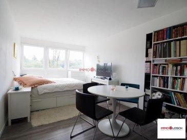 Studio meublé à vendre de +/- 27 m2  <br><br>Sis à Hesperange<br><br>Description du bien:<br><br>Hall d`entrée - cuisine équipée sép. - salle de douche - séjour - cave - buanderie commune - meublé <br><br><br>Le studio se trouve au 6 ième étage de la résidence. <br><br>Disponible pour le 01.04.2021<br><br>Loyer 1050 €<br>charges 150 €<br>2 mois de caution 2100 € <br>Frais d\'agence  1228,50 €<br>