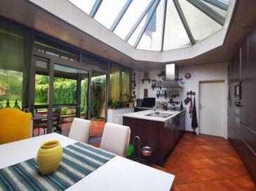 Dalpa SA vous propose en vente, une charmante maison mitoyenne de +/- 225m² net habitables, sur un terrain de 4 ares, situé dans le quartier prisé de Bertrange. <br><br>La maison a été complétement rénovée en 2013 (nouvelle tuyauterie, conduites électriques, chauffages, triple vitrage), l\'annexe où se situe la cuisine a été construite en 2003 et une nouvelle chaudière a été installée en 2021. <br><br>Disponibilité : à convenir <br><br>La maison se compose comme suit : <br><br>Au RDC : <br>- 1 hall d\'entrée<br>- 1 cuisine donnant accès, à la terrasse et au spacieux jardin de +/- 2 ares<br>- 1 séjour<br>- 1 salle à manger<br>- 1 buanderie<br>- 1 WC séparé<br>- 1 accès garage<br><br>Au 1er étage :<br>- 1 salle de douche avec WC<br>- 1 grande chambre parentale avec un vaste dressing<br>- 1 chambres à coucher<br><br>Au 2e étage : <br>- 1 salle de douche avec WC<br>- 2 chambres à coucher<br>- 1 bureau ou chambre à coucher supplémentaire<br><br>Un emplacement intérieur ainsi qu\'un extérieur complètent ce bien. <br><br>Nous sommes à votre entière disposition pour tous renseignements complémentaires ou visites des lieux. Veuillez contacter Antonio Lobefaro sous le numéro + 352 621 191 467 ou par mail sur info@dalpa.lu <br><br>Si vous souhaitez vendre ou louer votre bien, nous mettons à votre disposition notre professionnalisme, savoir-faire ainsi que notre qualité de service. Nous vous proposons des estimations rapides, gratuites et réalistes.<br><br>ENGLISH VERSION<br><br>Dalpa SA offers you for sale, a charming terraced house of +/- 225m² net living space, on a plot of 4 ares, located in the popular district of Bertrange.<br><br>The house has been completely renovated in 2013 (new piping, electrical pipes, heaters, triple glazing), the annex where the kitchen is located was built in 2003 and a new boiler was installed in 2021.<br><br>Availability : to be agreed<br>The house is composed as follows : <br><br>On the ground floor :<br>- 1 entrance hall<br>- 1 kitchen giving