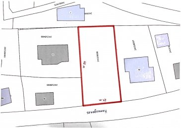 Immo Corner, votre agence disponible 7j/7j vous propose un joli terrain à bâtir sans contrat de construction de 9,07 ares à Greiveldange (Commune de Stadtbredimus).  Le terrain permet la construction de deux maisons jumelée de 7,5 mètres de face chacune, il est idéalement situé dans une rue bien calme et paisible aux abords de la nature et présente une vue dégagée.  Division du terrain est a charge de l'acquéreur.  Disponibilité à l'acte notarié. Pour toute question votre agent Immo Corner se tient à votre entière disposition.